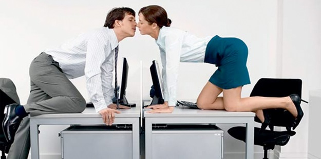 Amor en la oficina for Servicio de empleo