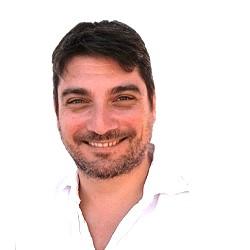 Alberto Simoncini - Equipo de Humanas